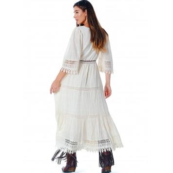 Robe EMMA  en coton brodé crème au style Bohème Champêtre de la marque brésilienne YACAMIM