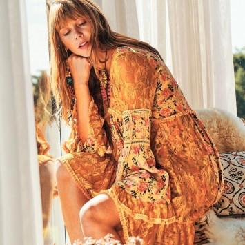 Robe LINDIA en dentelle et imprimé fleurs de la marque YACAMIM